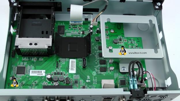 Vu+ Solo2 inside the receiver